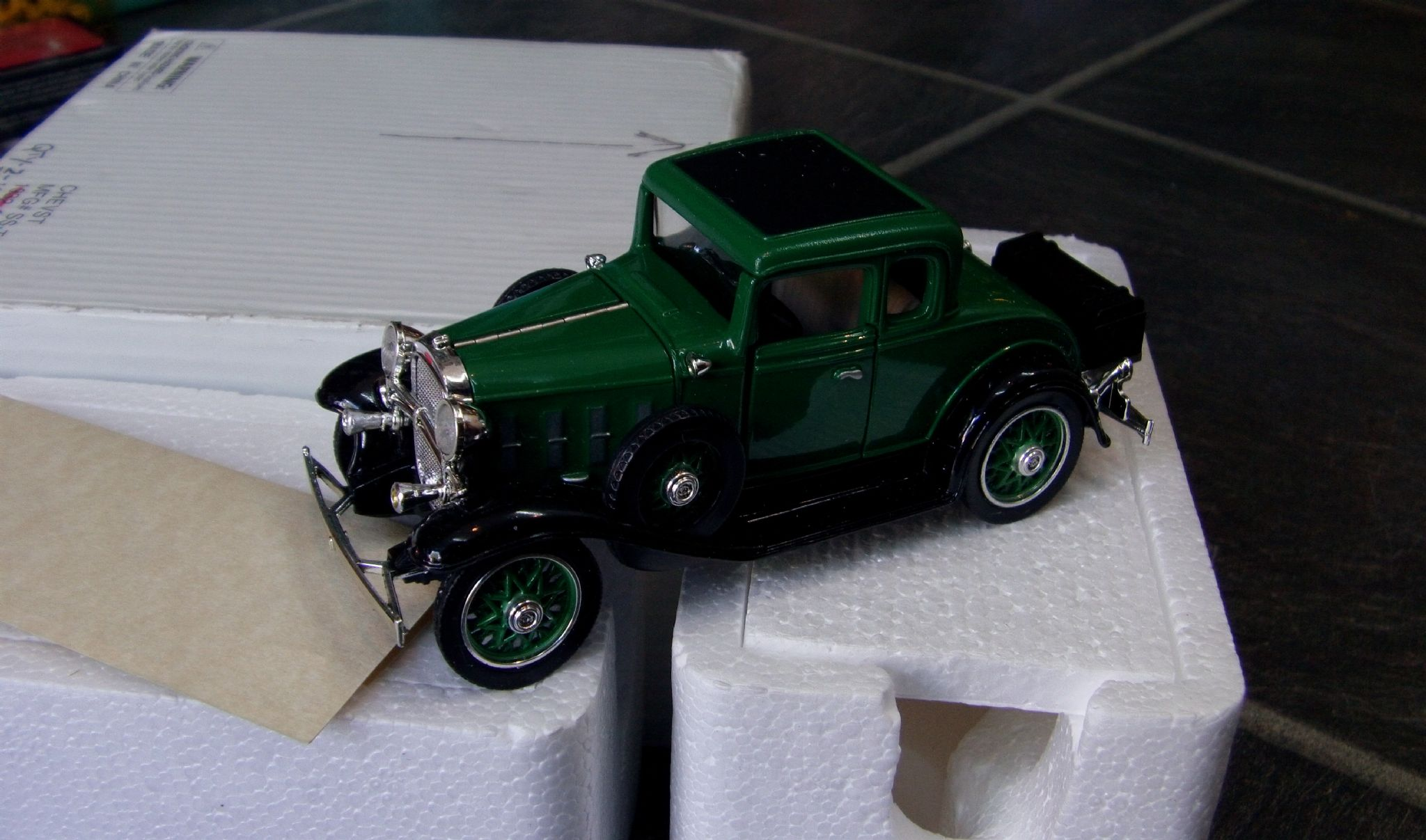 museum collection 1 32 1932 chevy coupe green boxed vgc @SOLD@